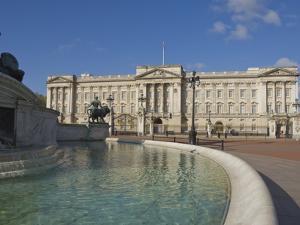 Buckingham Palace, London, England, United Kingdom, Europe by James Emmerson