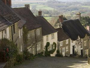 Gold Hill, Shaftesbury, Wiltshire, England, United Kingdom, Europe by James Emmerson
