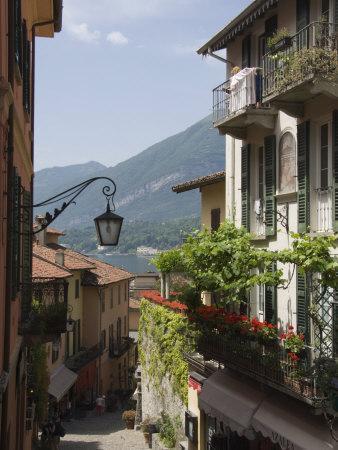 Street in Bellagio, Lake Como, Lombardy, Italy, Europe