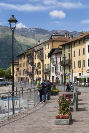 Sunday Morning Meeting, Domaso, Italian Lakes, Lombardy, Italy, Europe