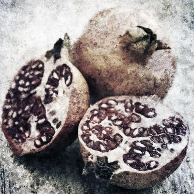 Vintage Fruit IV