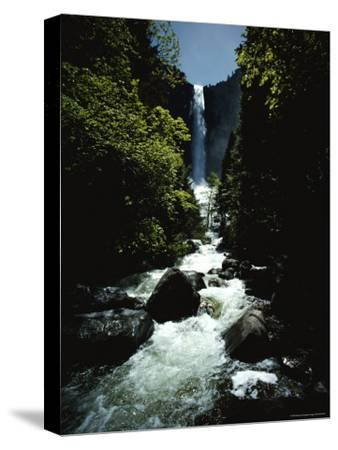 Bridal Veil Fall in Yosemite Valley, California