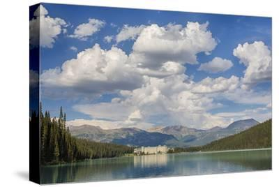Canada, Banff NP, Lake Louise, the Fairmont Chateau Lake Louise