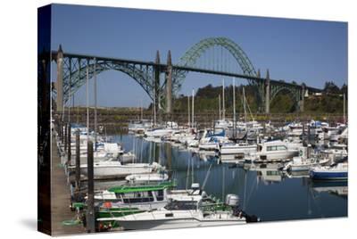 Marina with Pleasure Boats and Yaquina Bay Bridge, Newport, Oregon, USA
