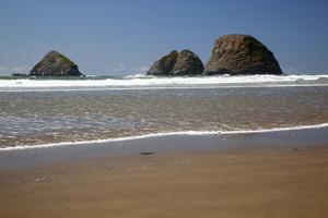 Oceanside Beach, Oceanside Beach State Wayside, Oregon, USA by Jamie & Judy Wild