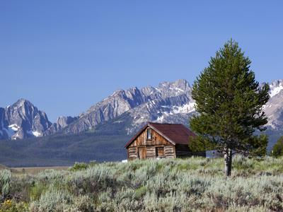 Old Barn, Sawtooth National Recreation Area, Idaho, USA