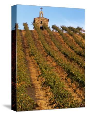 Red Willow Vineyard with Stone Chapel, Yakima County, Washington, USA