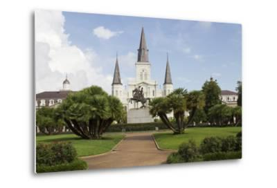 Statue, St. Louis Cathedral, Jackson Square, French Quarter, New Orleans, Louisiana, USA