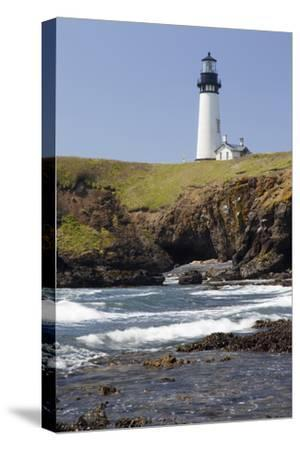 Yaquina Head Lighthouse, 1873, Newport, Oregon, USA