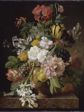 Vase de fleurs avec une tubéreuse cassée