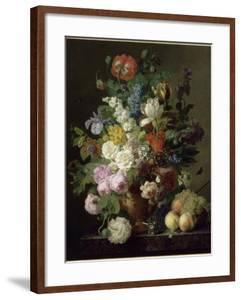 Vase de fleurs, raisins et pêches by Jan Frans van Dael