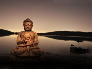 Golden Buddha Lakeside by Jan Lakey