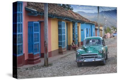 Cuba, Trinidad, Classic American Car in Historical Center