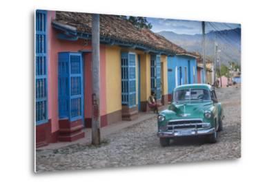 Cuba, Trinidad, Classic American Car in Historical Center