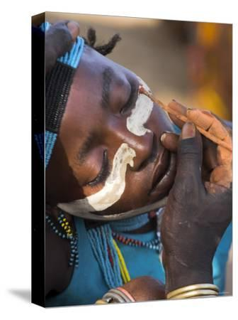 Face Painting with a Mixture of Clay, Turmi, Ethiopia