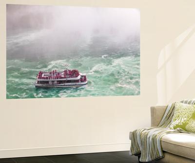 Hornblower Sightseeeing Boat at Horseshoe Falls, Niagara Falls