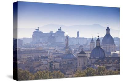 Italy, Lazio, Rome, View Looking Towards Vittorio Emanuele Ii Monument