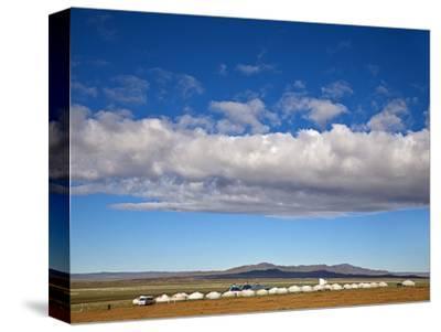 Mongolia, Bayangobi, Ger Camp