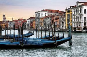 Dawn in Venice by Janel Pahl