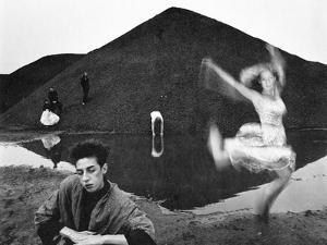 Don't Move 5, 2015 by Jaschi Klein