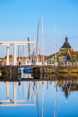 Netherlands, North Holland, Enkhuizen. Darwbridge in the Oude Haven (Old Harbor). by Jason Langley