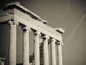 Greek Columns by javarman
