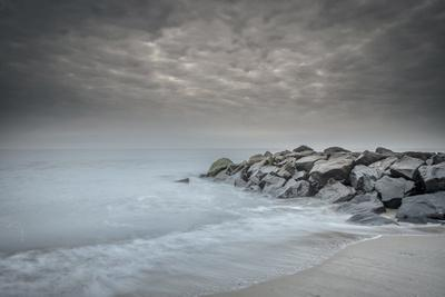 USA, New Jersey, Cape May National Seashore. Stormy beach.
