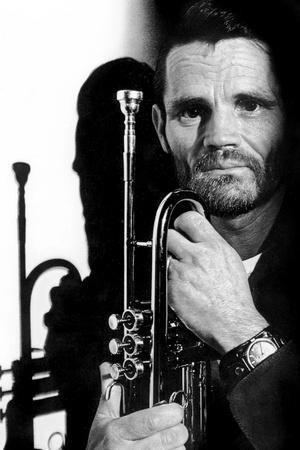 https://imgc.artprintimages.com/img/print/jazz-trumpet-player-chet-baker-1929-1988-c-1987_u-l-pwgk2q0.jpg?p=0
