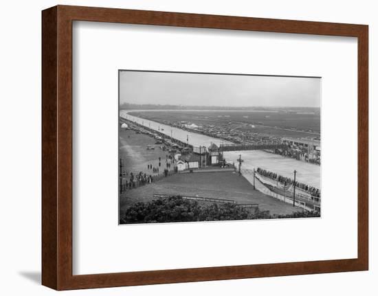 JCC Double Twelve Race, Brooklands, Surrey, 1929-Bill Brunell-Framed Photographic Print