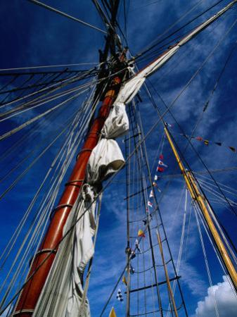 Rigging of La Recouvrance, Brest, Brittany, France