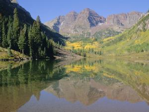 Maroon Bells, Aspen, Colorado, Rocky Mountains, USA by Jean Brooks