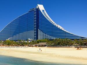 Jumeirah Beach Hotel by Jean-pierre Lescourret