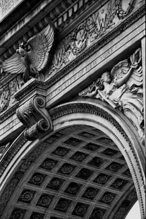 Arch at Washington Sq, NYC by Jeff Pica