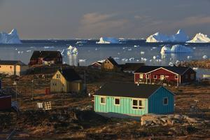 Coastal Settlement Houses, Saqqaq, Greenland, August 2009 by Jensen