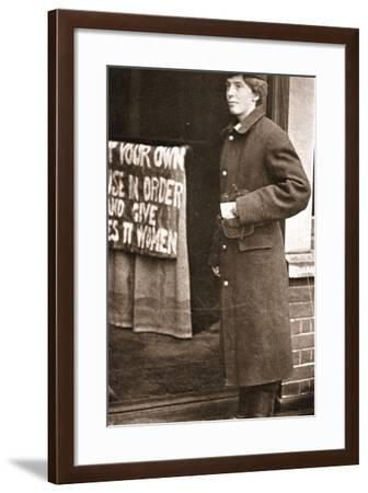 Jessie Kenney as She Tried to Gain Admittance to Mr Asquith's Meeting Dressed as a Telegraph Boy--Framed Photographic Print