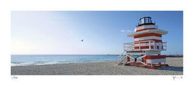 https://imgc.artprintimages.com/img/print/jetty-lifeguard-stand_u-l-f6b22h0.jpg?p=0