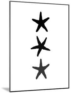 Black White Starfish Vertical by Jetty Printables