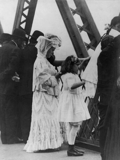 Jews Praying on the Williamsburg Bridge on Yom Kippur, Ca. 1909--Photo