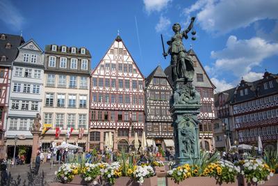Old City Center Market, Fountain, Frankfurt, Hessen, Germany