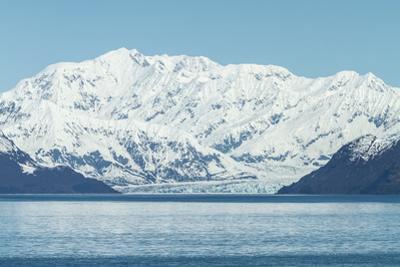 Hubbard Glacier in Yakutat Bay, Alaska. by jirivondrous