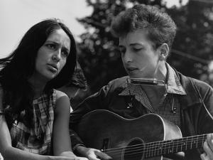 Joan Baez and Bob Dylan Singing at the 1963 Civil Rights March on Washington