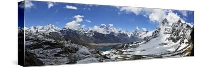 Renjo Pass of Mount Everest, Sagarmatha Nat'l Park, UNESCO World Heritage Site, Nepal