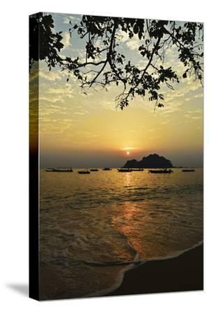 Sunset at Nipah Bay and Coral Island, Pulau Pangkor (Pangkor Island), Perak, Malaysia, Asia