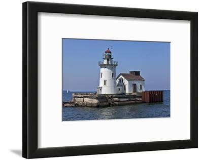 Cleveland West Pierhead Lighthouse, Ohio, USA
