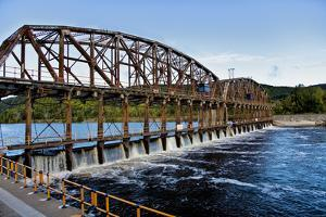 Dam on the Mohawk River in the Erie Canal System, New York, USA by Joe Restuccia III
