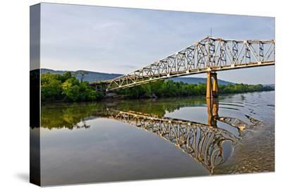 Sailing under a Bridge over the Tennessee River, Tennessee, USA