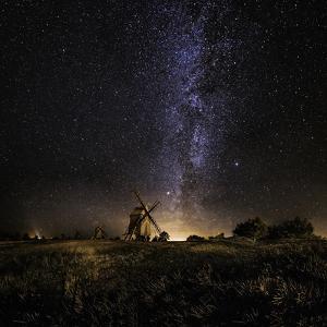 Galaxy Rising by Jörgen Tannerstedt