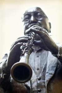 Louisiana, New Orleans, French Quarter, Bourbon Street, Musical Legends Park, Pete Fountain Statue by John Coletti