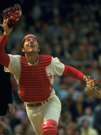 Cincinnati Reds Catcher Johnny Bench Catching Pop Fly During Game Against San Francisco Giants