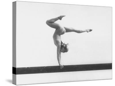 Gymnast Cathy Rigby, Training on Balance Beam